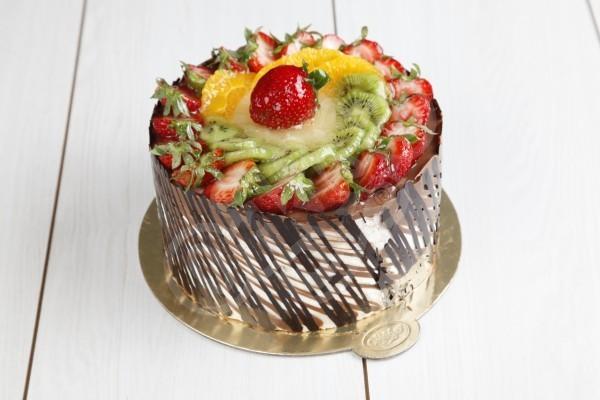 Meyve Çikolatalı Pasta
